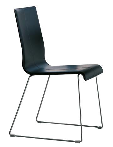 Sedia moderna in cuoio rigenerato for Sedie cuoio rigenerato
