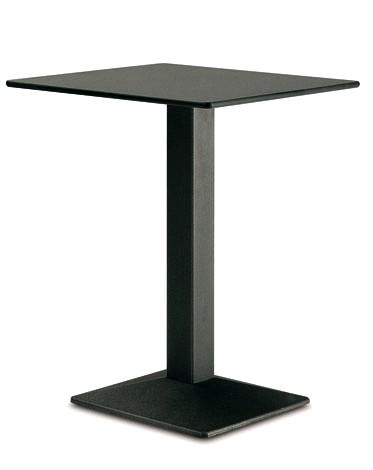 Basamenti ghisa con piantana quadrata per tavolini bar for Costo del solarium per piede quadrato