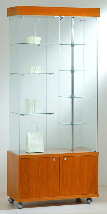 Vetrine piani cristalli girevoli luci faretti alogeni for 30 x 40 piani di garage con soppalco