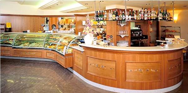 Arredamento bar pub pasticceria caffetteria birreria ticino for Arredamento per pub e birrerie