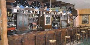 Arredo pub birrerie paninoteche arredo birreria grilleria for Arredamento pub usato