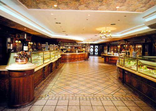 Arredamento Classico Legno: Boiserie in no roma stile moderno e cl ico ...