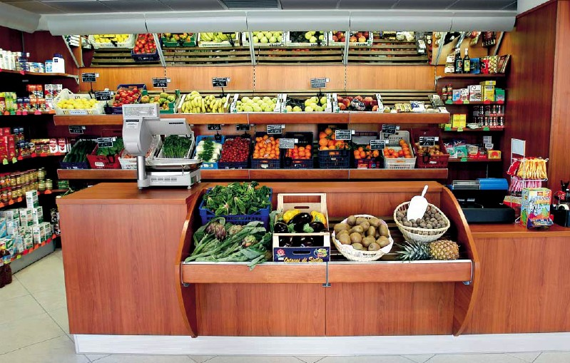 banchi negozi alimentari frutta verdura ricevitoria vetrina