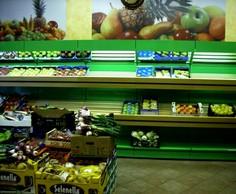 scaffalature negozi frutta verdura porta cassette arredi