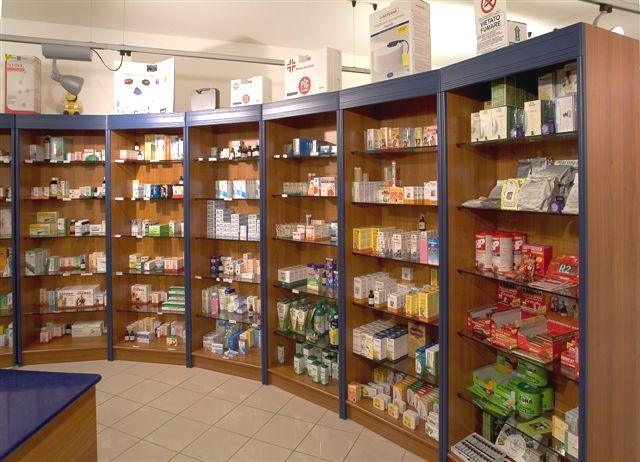 Parafarmacia arredo negozi scaffalature celiachia farmacie for Scaffali arredo
