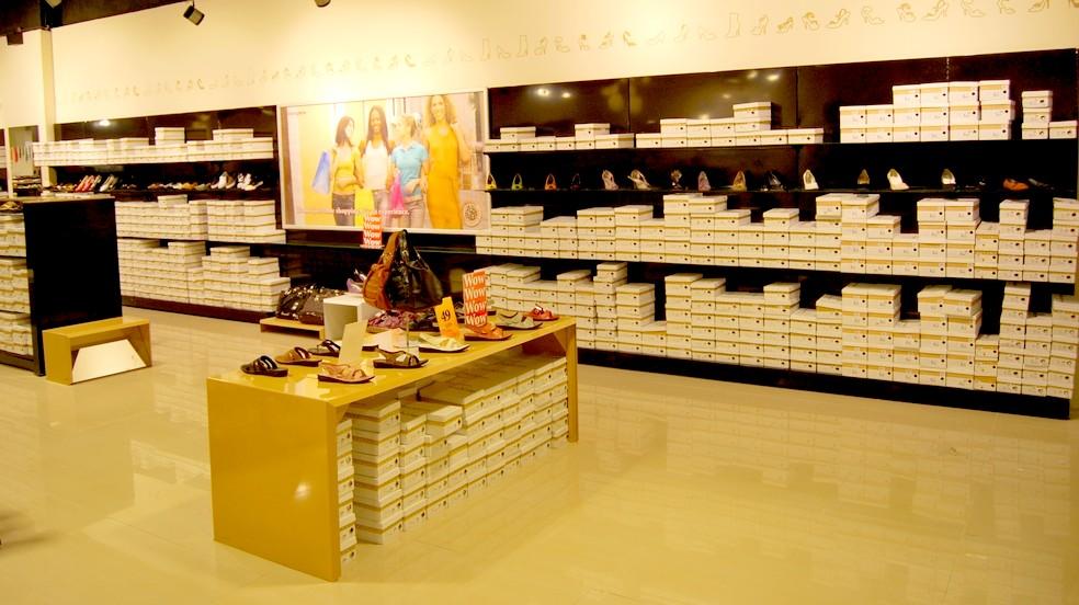 Negozio scarpe online fino a 44 off scontate for Negozi design online