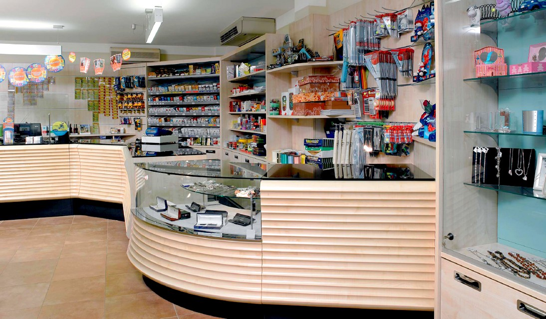 arredamenti negozi tabaccherie sisal canton ticino svizzera