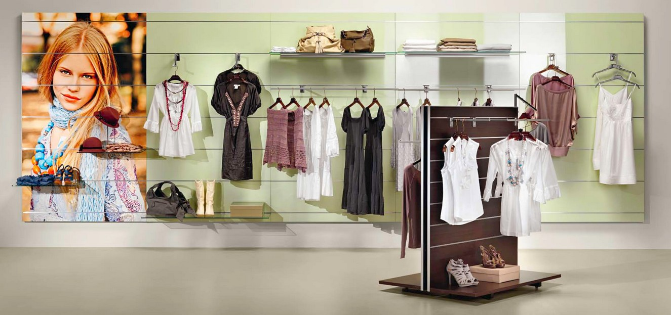 Arredamento abbigliamento uomo donna pannelli rovere micro for Negozi arredamento low cost