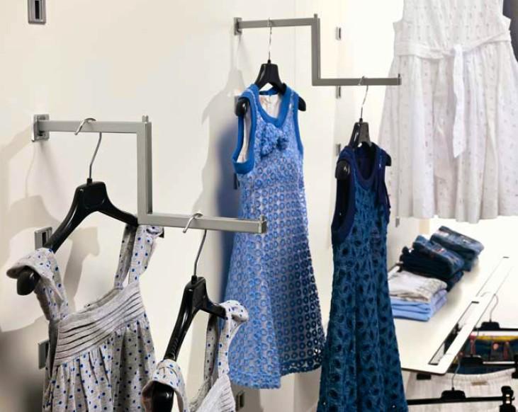 arredamento negozio abbigliamento scaffalatura in acciaio ... - Arredamento Negozio Abbigliamento Scaffalatura In Acciaio