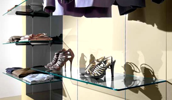 arredamento abbigliamento uomo donna pannelli rovere micro - Arredamento Negozio Abbigliamento Scaffalatura In Acciaio