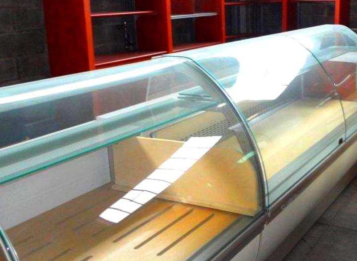 Banchi usati panetteria pizzeria gelateria pasticceria for Arredamento alimentari usato