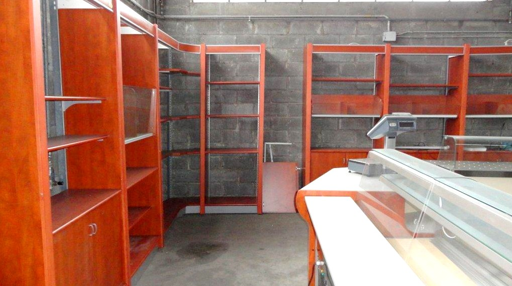 Retrobanchi usati negozi panetterie pasticcerie gelaterie for Arredamento per salumeria