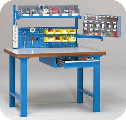 Banchi da lavoro piano legno elettricisti elettrotecnici for Negozio con alloggi al piano di sopra