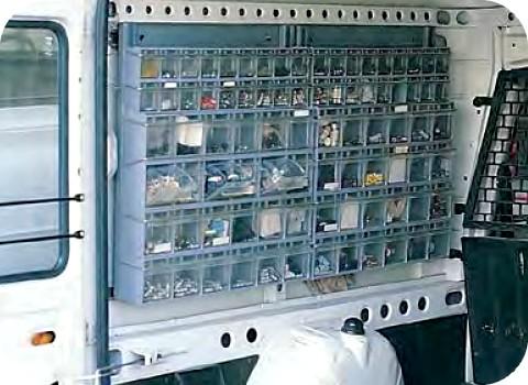 Cassettiere In Plastica Per Minuterie.Cassetti Portaminuteria Trasparenti Furgoni Canton Ticino Ch
