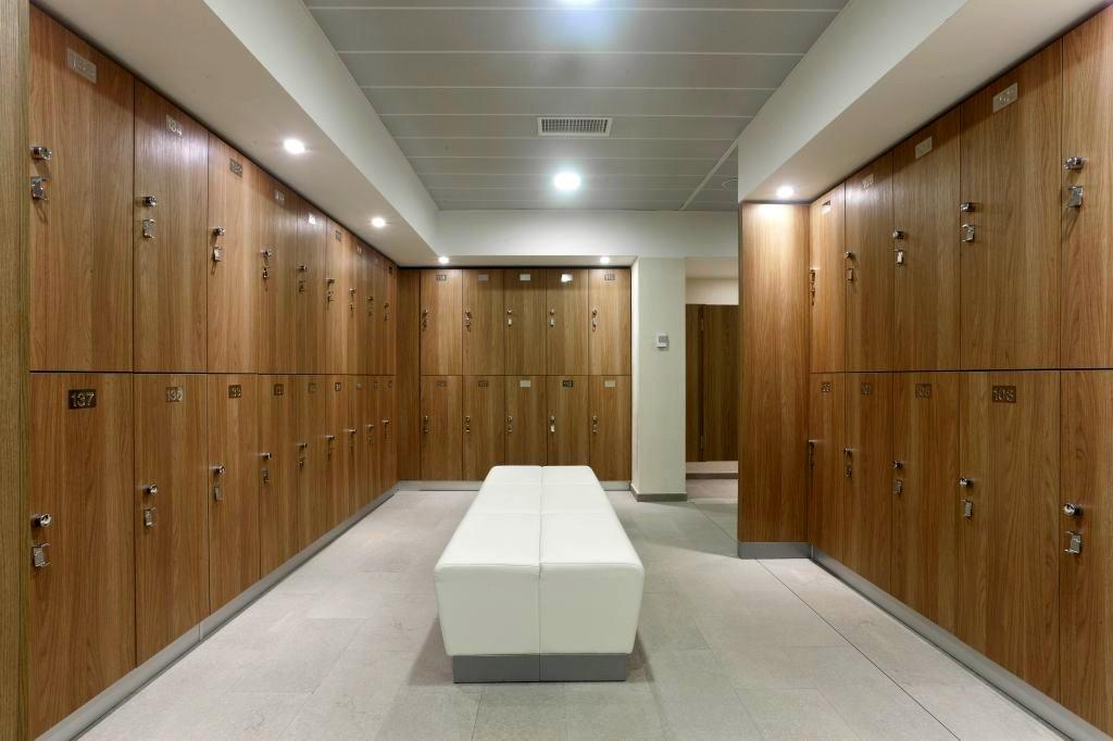 Armadi Per Ufficio Con Serratura : Armadietti in legno con serratura u casamia idea di immagine